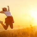 Истражување на Харвард: Кои луѓе се посреќни, оние со повеќе време или оние со повеќе пари?